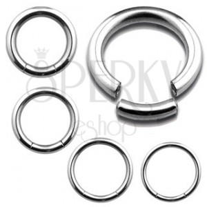 Piercing - hladký kroužek z oceli