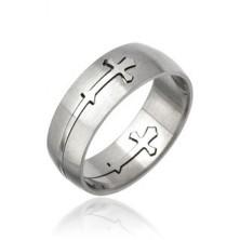 Prsten z chirurgické oceli - vyřezávaný kříž