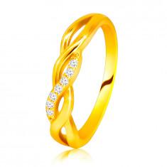 Lesklý prsten ze 14K žlutého zlata - propletené vlnky, briliantová linie