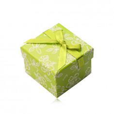 Papírová dárková krabička ve světle zeleném odstínu, zelená stužka s mašlí, kvítky