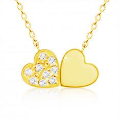Náhrdelník ze žlutého 9K zlata, drobná spojená srdíčka, čiré zirkony