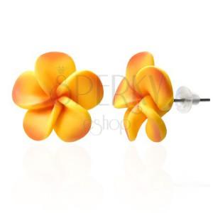 Žluto-oranžové Fimo náušnice z lupínků