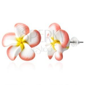 Náušnice Fimo - lososovo bílé lupeny, květ Plumerie