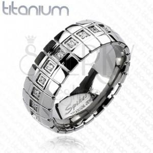 Titanový prsten - zirkonový pás, vertikální linky