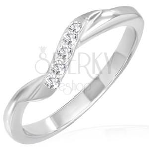 Snubní prsten z oceli - šikmý zirkonový pás