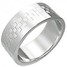 Ocelový prsten lesklý se vzorem ve tvaru šachovince