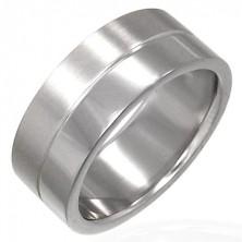 Prsten z chirurgické oceli s proužkem uprostřed