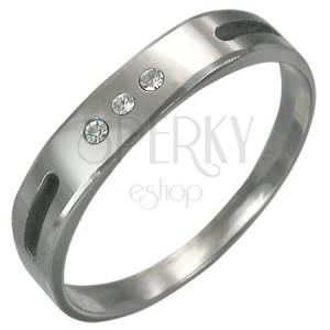 Wolframový prsten s výbrusem a 3 zirkony