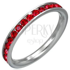 Prstýnek z oceli s červenými zirkony po obvodu