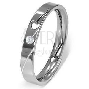 Prsten z oceli - vyřezané srdíčko, čirý zirkon