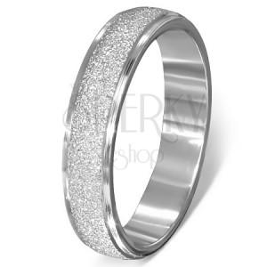Ocelový prsten - pískovaný vystupující pás