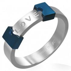 Ocelový prsten LOVE - rozpůlené srdce K12.18