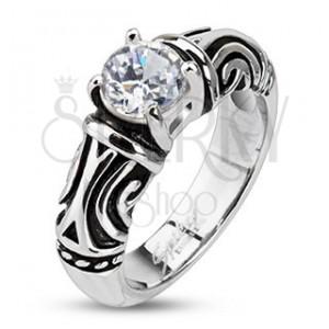 Ocelový dekorativní patinovaný prsten se zirkonem
