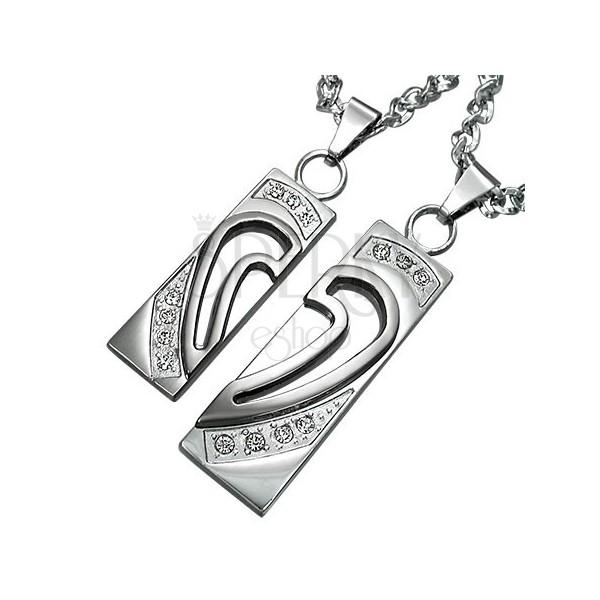 Přívěsky z chirurgické oceli, srdce rozdělené na dvě poloviny se zirkony