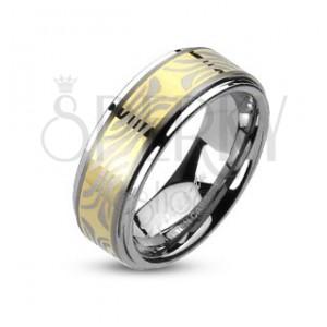 Wolframový prsten s pruhem zlaté barvy a zebřím motivem