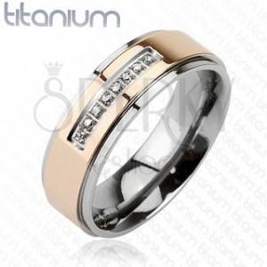 Prsten z titanu růžovozlaté barvy s řadou zirkonů