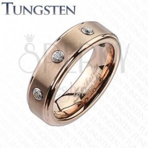 Wolframový prsten v barvě růžového zlata - tři zirkony