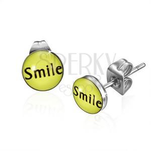 Malé ocelové puzetové náušnice s nápisem Smile