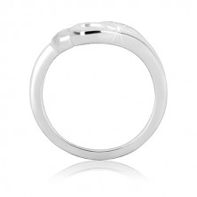Stříbrný prsten – tři srdíčka, vsazené zirkonky