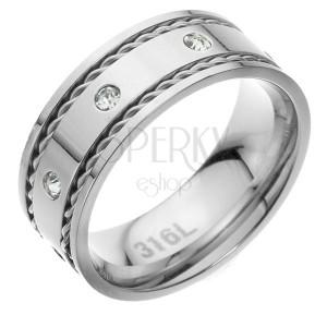 Prsten z chirurgické oceli se zirkony a pleteným vzorem