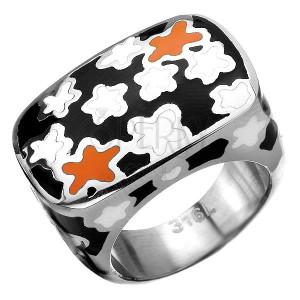 Mohutný prsten z chirurgické oceli s květovaným motivem