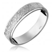 Stříbrný prsten 925 - pískovaný středový pás