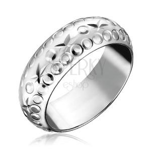 Stříbrný prsten 925 - gravírované hvězdy a kroužky