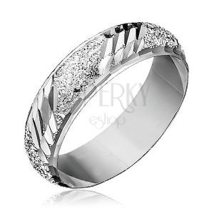 Prsten ze stříbra 925 - pískovaný, se šikmými zářezy