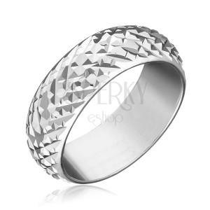 Prsten ze stříbra 925 - lesklé vystouplé kosočtverce