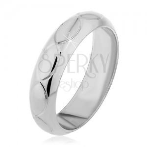 Prsten ze stříbra 925 - zářezy ve tvaru zrnek