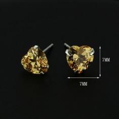 Stříbrné náušnice 925 - jantarové srdce ze zirkonu, 7 mm X7.12