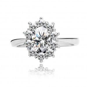 Stříbrný snubní prsten 925 - oválný čirý a malé třpytivé zirkony