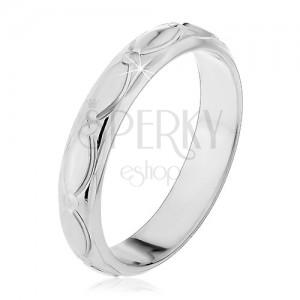 Stříbrný prsten 925 - oválné zářezy a zrníčka, malé kužely