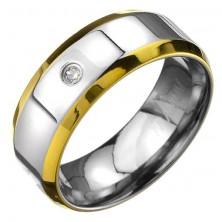 Prsten z titanu - stříbrný prsten se zlatými okraji a zirkonem