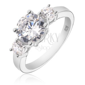 Stříbrný prsten 925 - větší kulatý čirý zirkon a dva menší po stranách