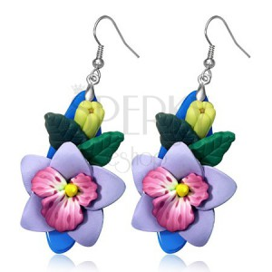 Náušnice FIMO - vystouplý pupen a fialový květ na oválném podkladu