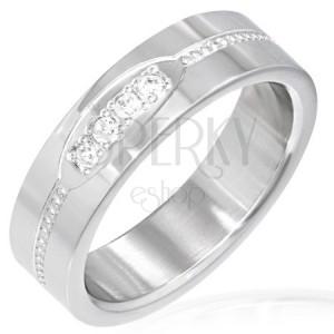 Prsten z oceli - ovál s čirými zirkony, pás z kruhů