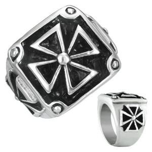 Pečetní prsten z oceli - maltézský kříž v rámu s patinou