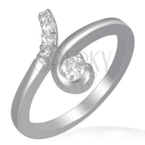 Ocelový prsten - smyčka s okrouhlými čirými zirkony