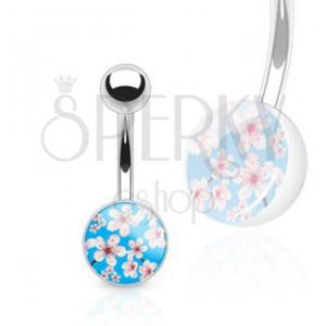 Ocelový barbell do pupíku - červenobílé květy na modrém pozadí